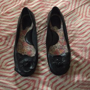Barely Used BORN Black Leather Flats sz 8